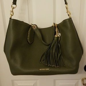 Michael Kors Brooklyn Large Leather Tote